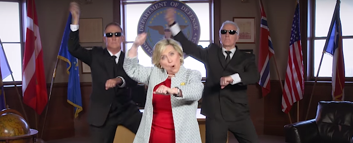 Hillary Clinton Mike Diva – The Stable